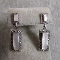 Belles Boucles d'oreilles en Argent 925 avec Nacre et Marcassite - Style Rétro