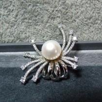Jolie petite Broche en Argent 925 avec Perle Style Rétro
