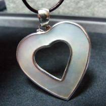 Joli Pendentif Coeur Argent 925 avec Nacre Blanche